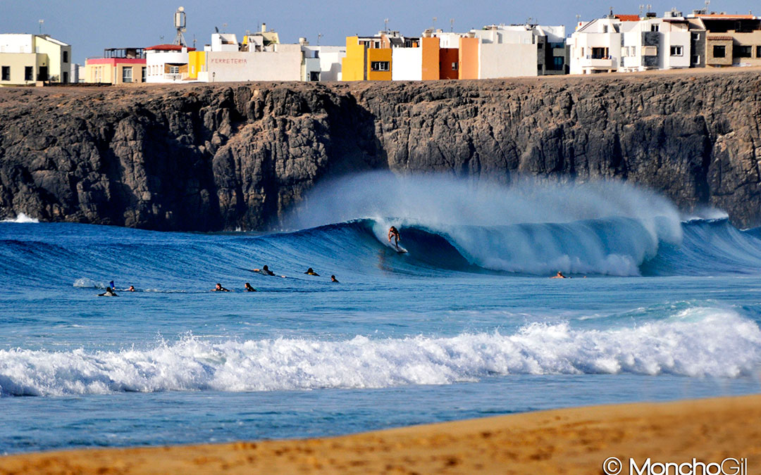 Beachbreak in El Cotillo