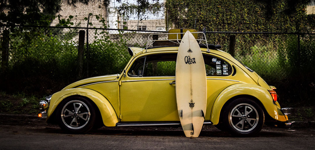 travel with surfboard