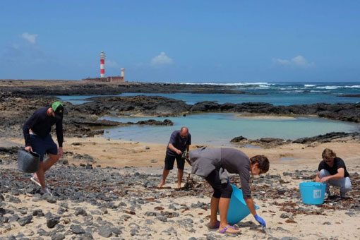 Beach-Clean-Up-Kanaren